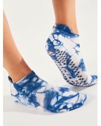 Free People Wash Out Full Foot Grip Socks - Blue