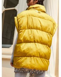 Free People In A Bubble Puffer Vest - Yellow