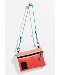 Topo Topo Carabiner Shoulder Bag - Pink