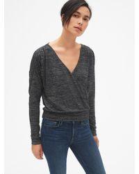 011393e49b1d0 Lyst - Gap Softspun Long Sleeve Crop Top in Black