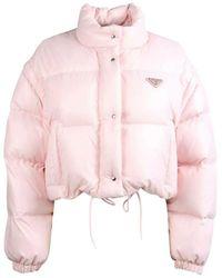 Prada Piumino taglio corto in nylon rosa