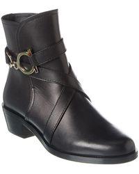 Ferragamo 'shadi' Heeled Ankle Boots Black