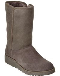 UGG Women's Amie Water-resistant Twinface Sheepskin Boot