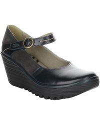 Fly London Yuko Leather Wedge Sandal - Black