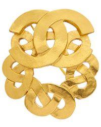 Chanel Gold-tone Cc Celtic Knot Pin - Metallic