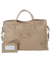 94f19a6320 Balenciaga Classic City Medium Leather Shoulder Bag in Green - Lyst