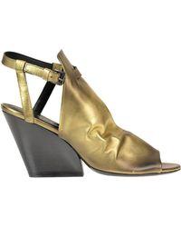 Strategia - 'tina Tron' Metallic Effect Leather Sandals - Lyst