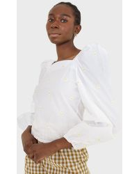 Glassworks White Daisy Embroidered Top