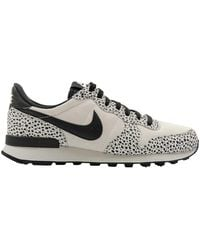 barco Regulación Santuario  Nike Internationalist Sneakers for Women - Up to 36% off at Lyst.com