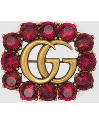 Gucci Doppel G Brosche aus Metall mit Kristallen - Rot