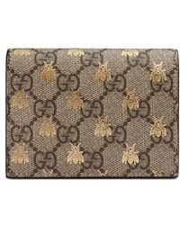 Gucci - Gg Supreme Bees Card Case - Lyst