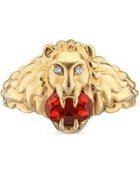 Gucci Bague tête de lion 18 carats avec opale rouge feu - Métallisé