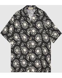 Gucci Übergroßes Bowling-Shirt aus Seide mit Sternen-Print - Schwarz