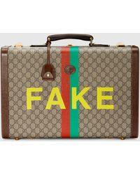 """Gucci Mittelgroßer Koffer mit """"Fake/Not"""" Print - Natur"""