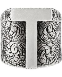 Gucci - Letter T Ring In Silver - Lyst