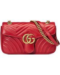 Gucci Bolso de Hombro GG Marmont Pequeño de Matelassé - Rojo