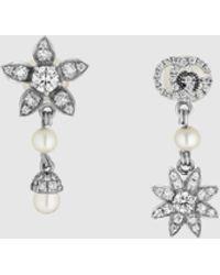 Gucci 【公式】 (グッチ)ダイヤモンド付き フラワー&ダブルg ピアス18k ホワイトゴールドundefined - メタリック