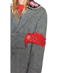 Gucci Guantes GG Marmont de Piel con Motivo Chevron - Rojo