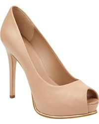 Guess | Honora Platform Pumps | Lyst
