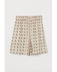 H&M Shorts aus Seidenmischung - Weiß