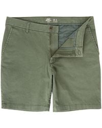 Izod Saltwater Stretch Shorts - Green