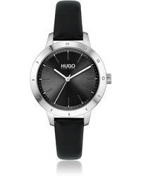 HUGO Horloge Met Zwarte Leren Polsband En Logo Op De Lunette