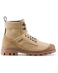HUGO Boots à lacets en cuir suédé et toile de coton - Neutre
