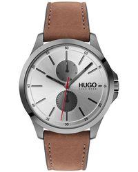 HUGO Cronografo con diversi contatori e cinturino in pelle marrone chiaro