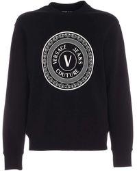 Versace Jeans Couture - Felpa nera con logo V-Emblem - Lyst