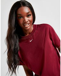 Nike Essential Logo Boyfriend T-shirt - Red