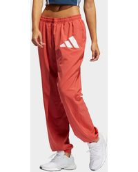 adidas Woven Badge Of Sport Joggers - Red