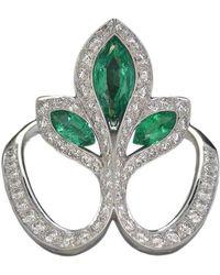 Baenteli - White Gold, Emerald & Diamond Royale Lys Ring | - Lyst