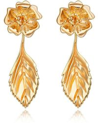 Liz Earle Fair and Fine - Wild Rose Stud Earrings With Leaf Drops Gold - Lyst