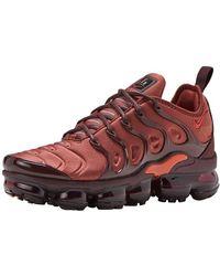 3915548ce3 Nike Air Vapormax Plus Sneakers in Pink - Lyst