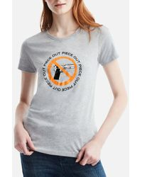 Kenneth Cole Womens Piece Out Graphic Tee - Gray