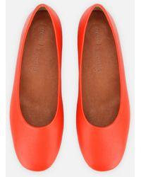 Kenneth Cole Eugene Travel Ballet Flat - Shoe - Orange