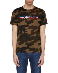 Moncler Rubberised Logo Patch Camouflage Print T-shirt - Multicolour
