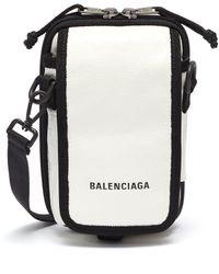 Balenciaga 'explorer' Logo Print Crossbody Pouch - White