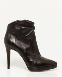 Le Chateau - Italian-made Leather Pointy Toe Bootie - Lyst