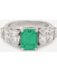 Kojis Platinum Emerald And Diamond Ring - Metallic