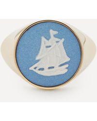 Ferian Gold Wedgwood Sailboat Round Signet Ring - Metallic