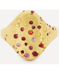 Polly Wales 18ct Gold Plum Blossom Sapphire Signet Ring - Metallic