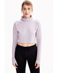 Lolë - Crescent Crop Long Sleeve Top - Lyst