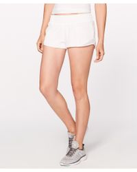 "lululemon athletica Hotty Hot Short Ii *2.5"" - White"