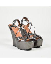 Alaïa - Grey Metallic Snakeskin Open Toe Platform Wedges - Lyst