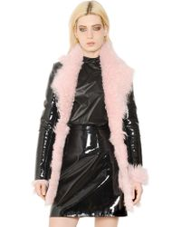 Christopher Kane Patent Leather And Shearling Fur Coat - Black