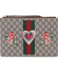 Gucci | Gg Supreme Heart Patch Pouch | Lyst