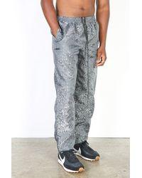 True Tribe Cargo Pants / Leopard Space - Gray