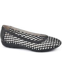 White Mountain Footwear Faylie Flats - Black