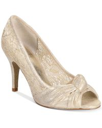 Adrianna Papell - Francesca Court Shoes - Lyst